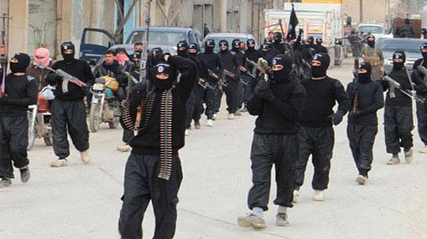 Suriyede yeni Alevi katliamı endişesi 77