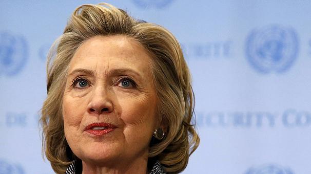 Hillary Clinton Demokrat Parti'den aday adayı