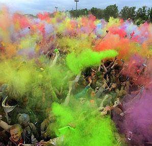 Rusya'da Holi Festivali