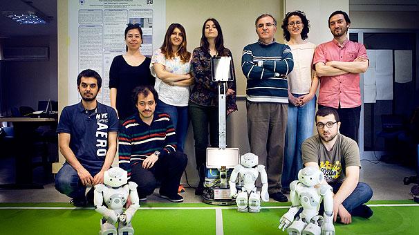 Boğaziçi'nde geliştirilen ilk çoklu sosyal robot sistemi göreve hazır