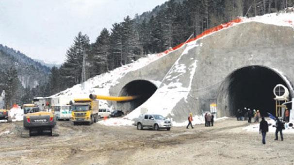 572 milyon TL'lik Ilgaz Tüneli'nde ışık göründü