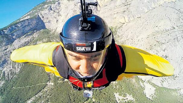 Kalp cerrahı Wingsuit kurbanı