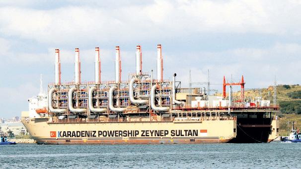 Ayşegül ve Zeynep Sultan yola çıktı