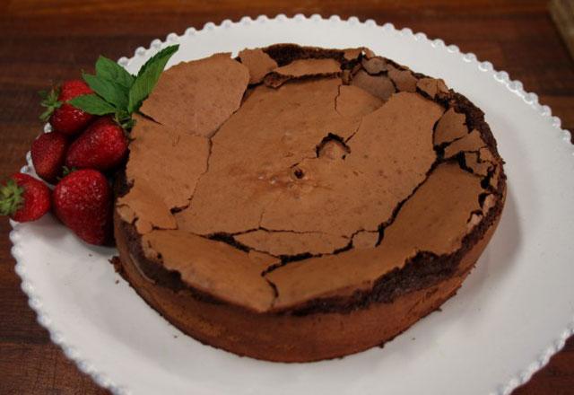 Unsuz Çikolatalı Kek Tarifi