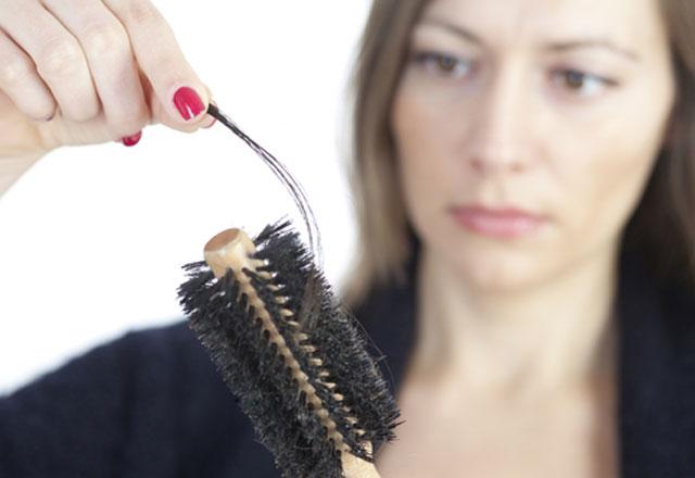 Saç dökülmesine 3 adımda çözüm