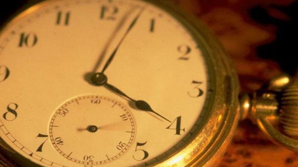 Saatlerinizi ileri almayı unutmayın!!