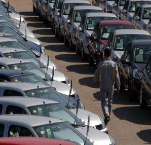 Otomobil pazarı ilk çeyrekte yüzde 2,75 daraldı