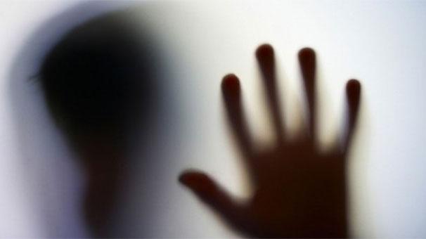 Tecavüze uğradıkları öne sürülen 2 öğrenciden biri kendisi astı