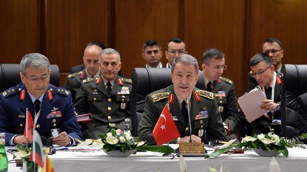 Türkiye 1300 IŞİD'liyi öldürdü