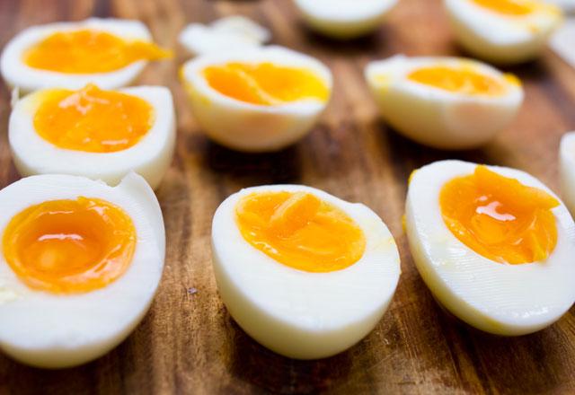 Kızarmış yumurta türlerinden kaç kalori var
