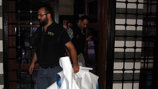 Diyarbakır'da polis, DTK binasında arama yaptı