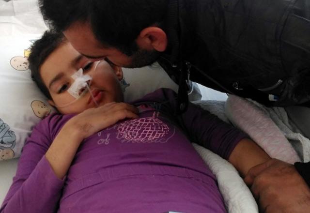Kusma şikayeti ile gittiği hastanede yaşam mücadelesi veriyor
