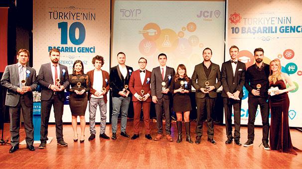 Türkiye'nin 10 başarılı genci seçildi