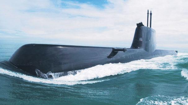 Türk denizaltısı derinden ilerliyor