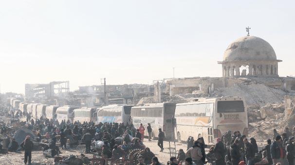 Halep'te kriz aşıldı tahliye başladı