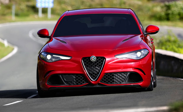 Alfa Romeo Giulia QV ye ödül