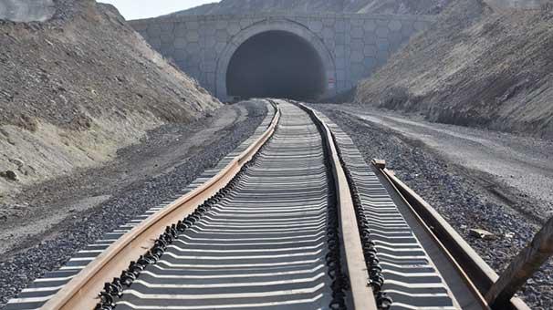 Bakü-Tiflis-Kars demiryolu hattı 2 ay sonra açılıyor