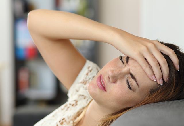 Baş ağrınızın yeri ne olduğunu söylüyor!