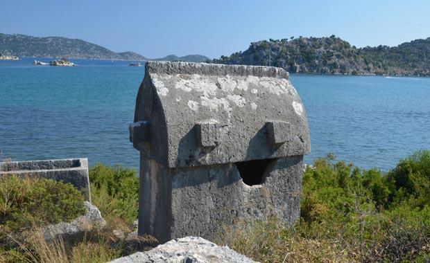 Apollonia Antik Kenti'ne Yolculuk