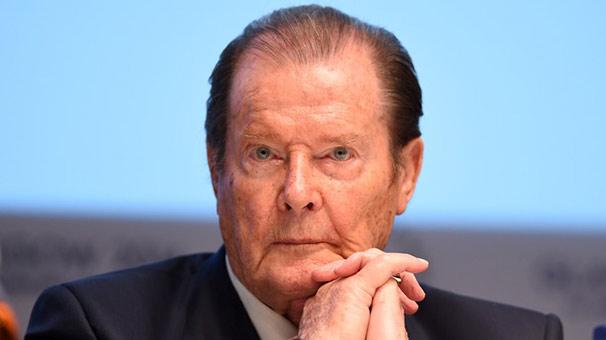 Son dakika: 'James Bond' efsanesi Roger Moore yaşamını yitirdi