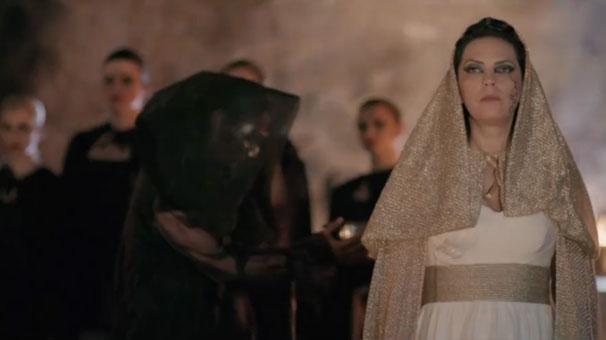 Yeşim Salkım Kızıyla Beraber beyazperdede..
