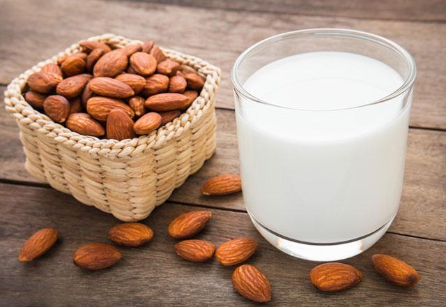 Menopoz döneminde light süt mü normal süt mü?