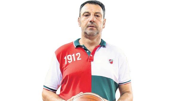 Pınar Karşıyaka Baş Antrenörü Aleksandar Trifunovic Anadolu Efes karşılaşmasını değerlendirdi.
