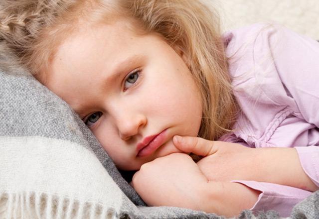 Çocukta gastroenterit: nedenleri, belirtileri ve tedavi yöntemleri