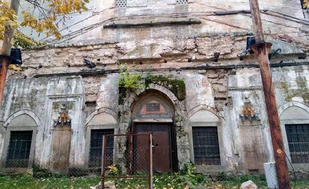 Pargalı İbrahim Paşa Camii ilgi bekliyor