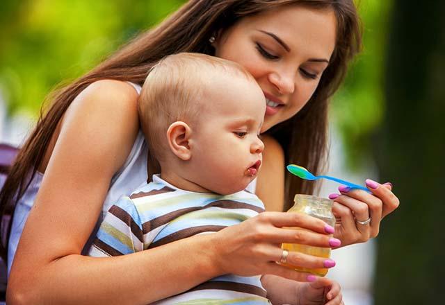 8 aylık bebek neler yiyebilir?