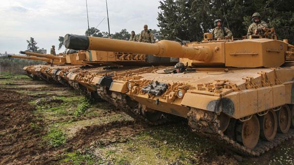 Son dakika: Sınırda sıcak saatler! ÖSO kuvvetlerinin koluna sarı bant takıldı...