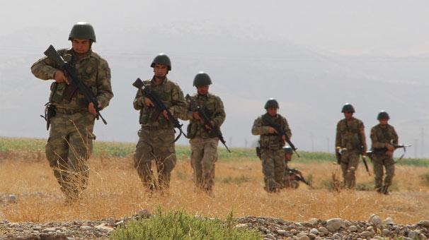 Son Dakika! Afrin'de Terör Örgütü PYD/PKK'dan Hain Saldırı: En Az 10 Asker Yaralandı ile ilgili görsel sonucu