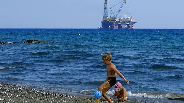 Kıbrıs Enerji Bakanı Lakkotripis: 6.parselde büyük bir doğalgaz yatağı keşfedildi 41