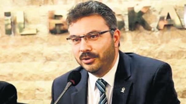 AK Parti'de Özmen yeniden başkan