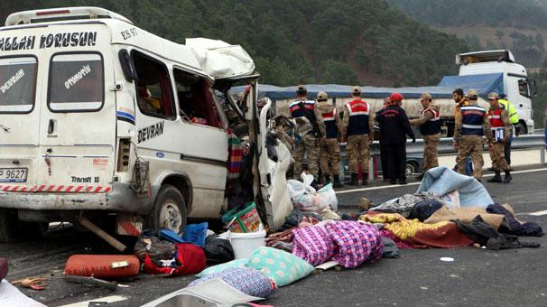 son dakika kahramanmara 39 ta feci kaza bir aile yok oldu