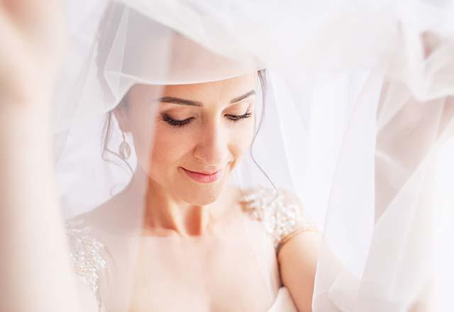 Düğün makyajınızı yaptırırken bu 5 hataya düşmeyin