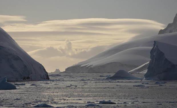 TÜDAV Antartika fotoğraf sergisi CNR Expo'da
