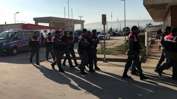 Çanakkale'de göçmen kaçakçılığı şebekesine operasyon