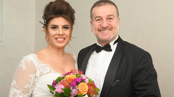 Gazeteci Burhan Akdağ ile mimar Aysun Çardak evlendi