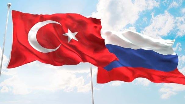 Türkiye'nin Moskova Büyükelçisi ile Yevgeniy İvanov görüştü