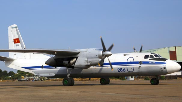Son dakika... Rus kargo uçağı, Suriye'de düştü