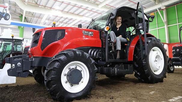 Türkiye'nin ilk yerli tasarım traktöründe kadın imzası var
