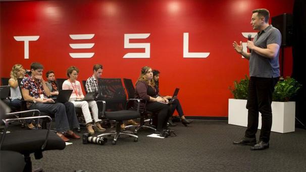 Tesla'daki 2500 açık pozisyona rekor sayıda başvuru geldi