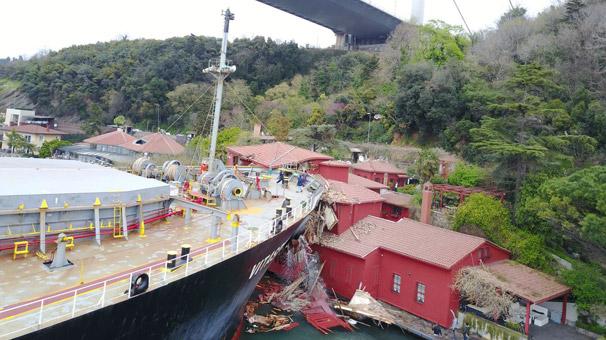 Son dakika: İstanbul Boğazı'nda gemi yalıya çarptı! Kaza nedeni...