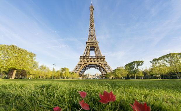 Eiffel Kulesi kapatıldı!
