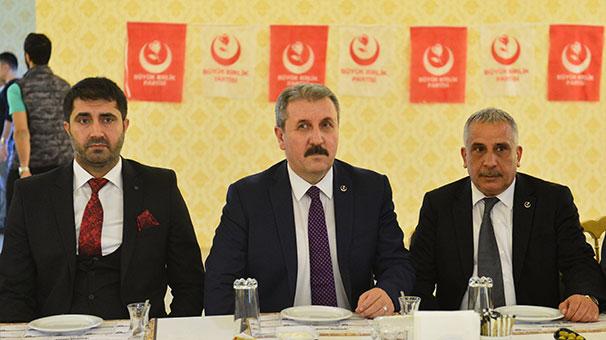 """""""Türkiye herkesin hakkını savunuyor"""""""