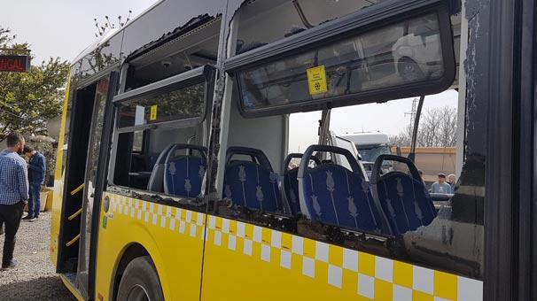 Feci kaza! Hafriyat kamyonu İETT otobüsüne çarptı...