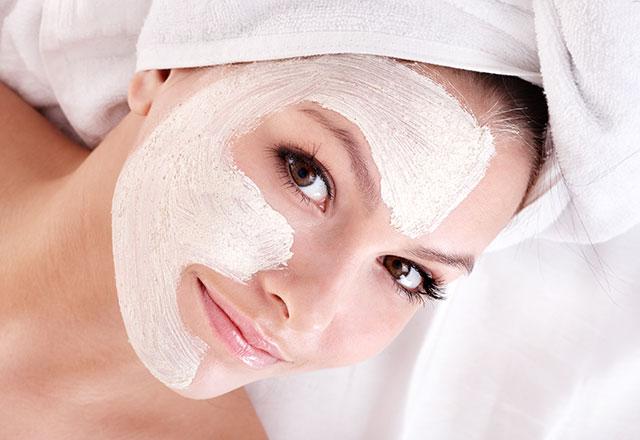 Kırışıklık için yoğurt maskesi