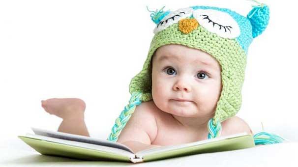 2 aylık bir bebeğin gelişimi