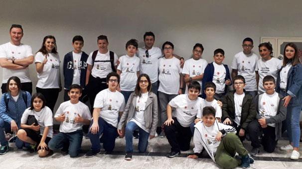 Akıllı cihaz tasarlayan öğrenciler Türkiye birincisi oldu